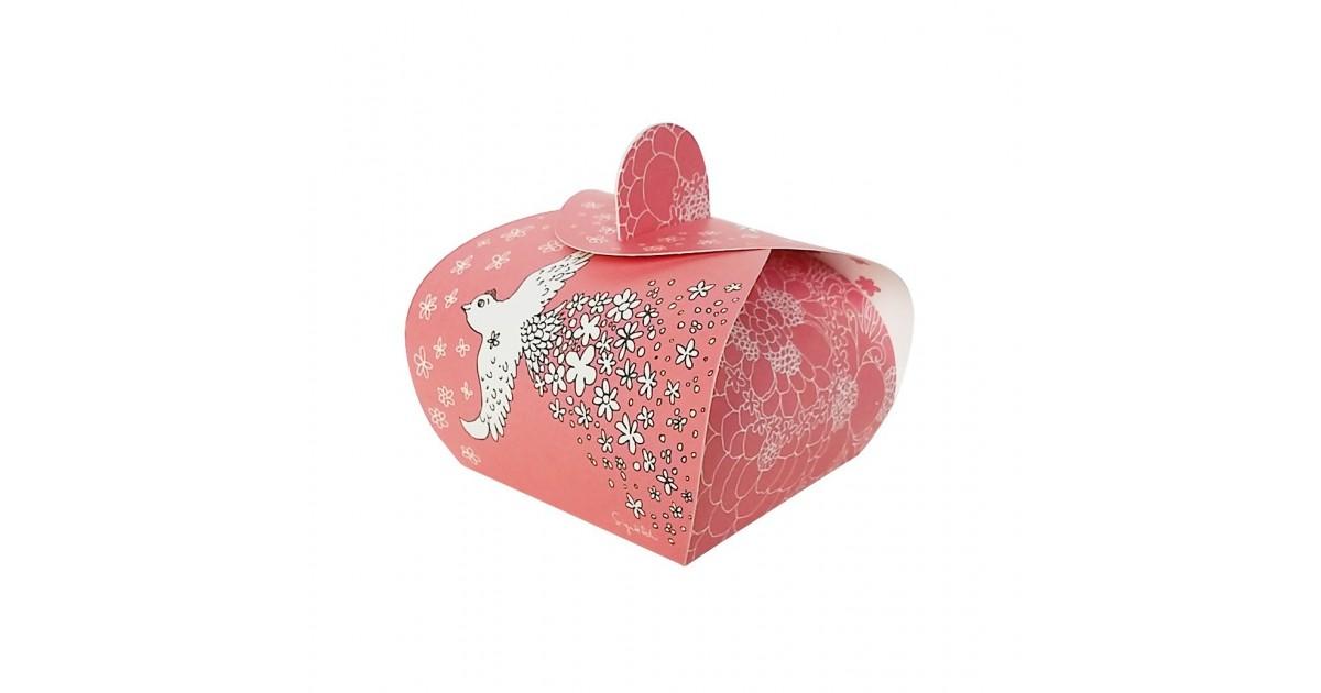 D04. Rausva dovanų dėžutė